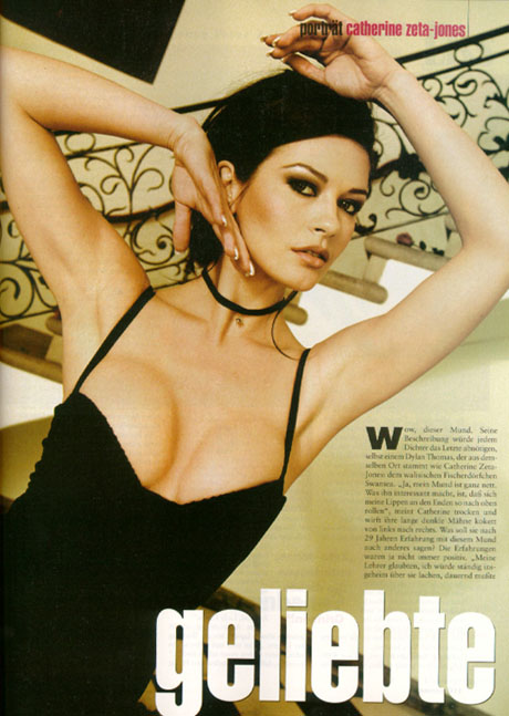 BabeStop - World's Largest Babe Site - catherine_zeta_jones042.jpg
