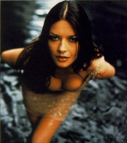 BabeStop - World's Largest Babe Site - catherine_zeta_jones056.jpg